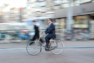 PE - a beginners guide to biking to work - sportpictures FL