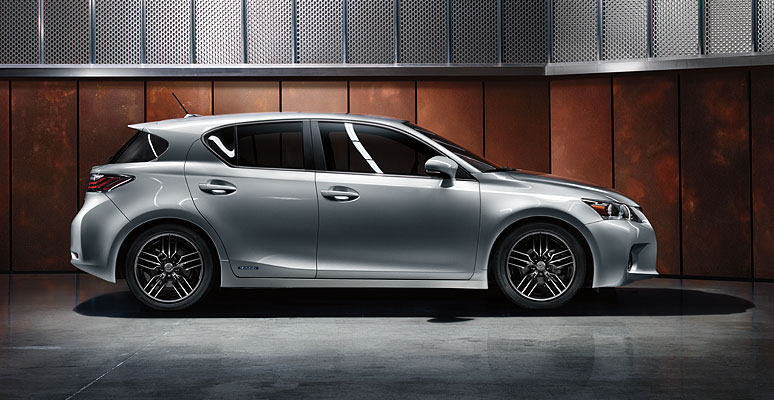 Lexus CT 200h Hybrid Reviews